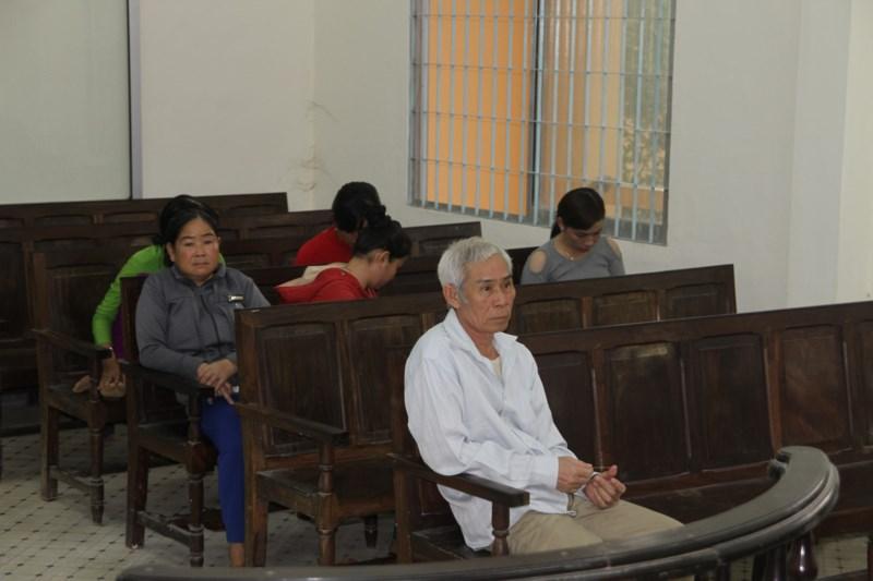 Bị cáo Phạm Hữu Nghĩa (55 tuổi) tại phiên tòa