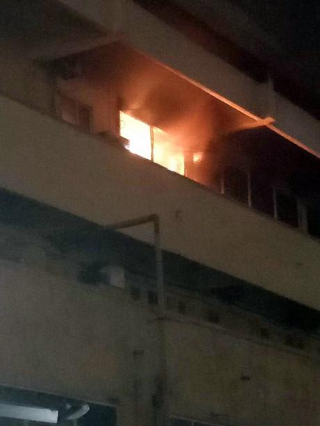 Ngọn lửa bùng phát tại Khoa Khám bệnh Bệnh viện Bạch Mai