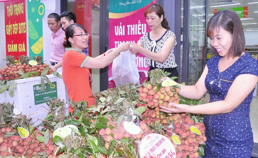 Vài thiều Bắc Giang, Hải Dương có mặt ở hầu hết các siêu thị lớn tại Sài Gòn