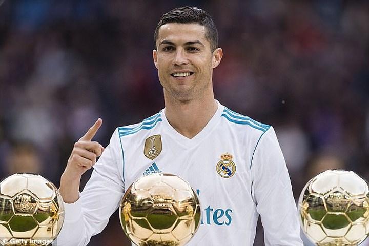 Ngôi sao ronadol cũng góp mặt trong lễ khai mạc World cup