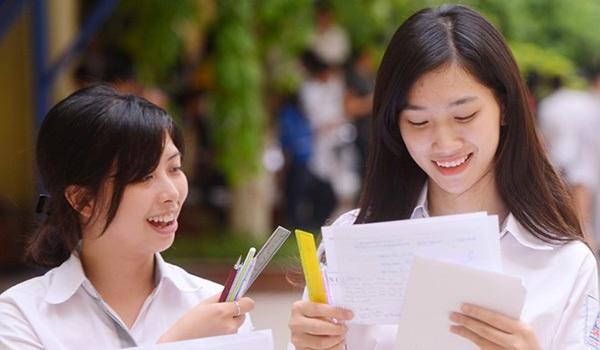 Nhiều trường tung tiêu tuyển sinh viên trong năm 2018