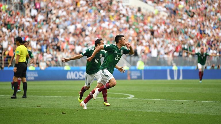 Mexico đã tạo ra thế trận chủ động, Đức thua ngay đầu trận