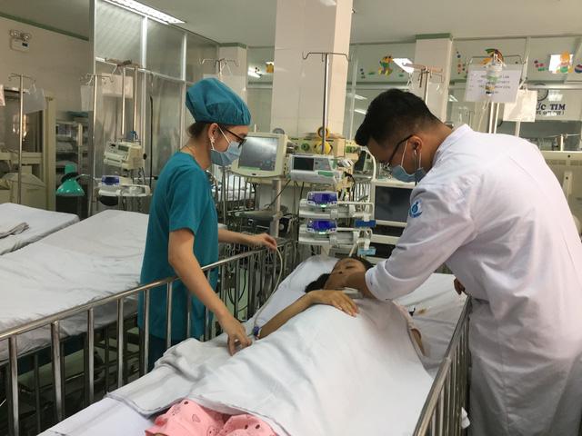 Cứu sống bé gái 13 tuổi bị tắc nghẽn động mạch đến từ Long An