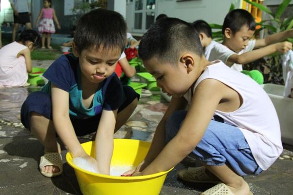 Triển khai chống dịch sốt xuất huyết trong trường học