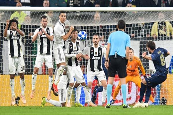 Juventus thua MU