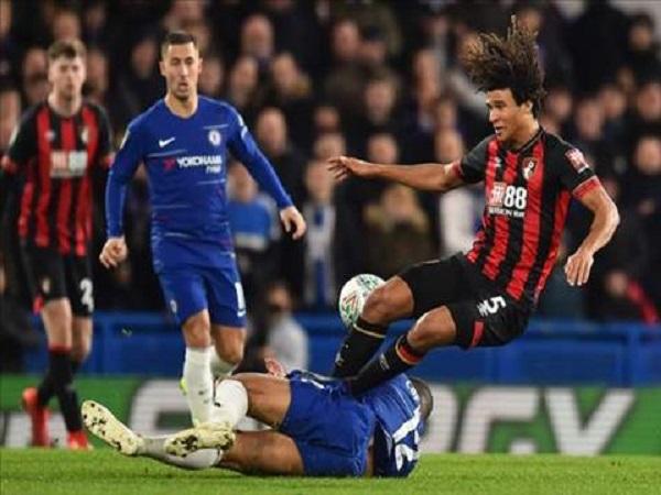 Chelsea vào bán kết League Cup