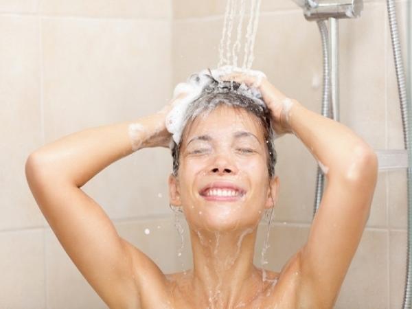 Tắm sai cách vào mùa đông, mối de dọa nguy hiểm