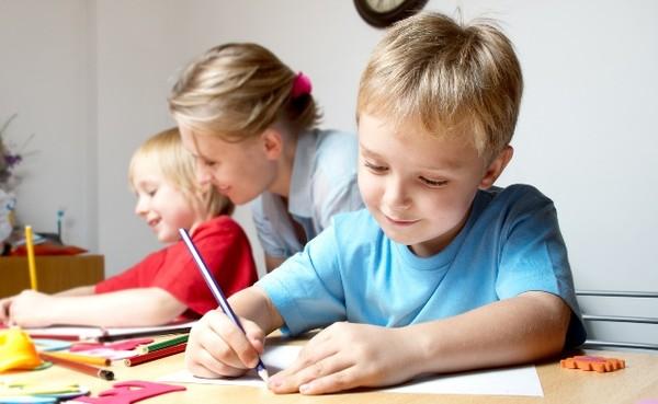 xây dựng thói quen giúp con học tốt hơn,phát triển trí tuệ tốt