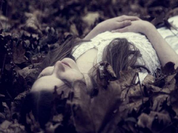 Ngủ mơ thấy người đã chết là điềm lành hay dữ?