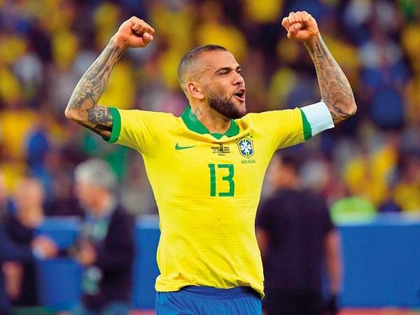 Tin bóng đá 9/8: Daniel Alves vẫn tham vọng dự World Cup 2022