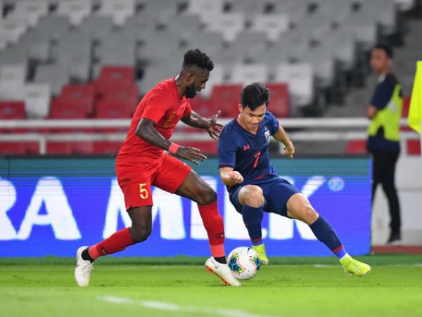 Thái Lan chuẩn bị cho cuộc tái đấu tuyển Việt Nam