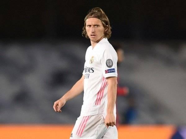 Tin bóng đá 22/4: Modric nhận phán quyết về tương lai ở Real Madrid