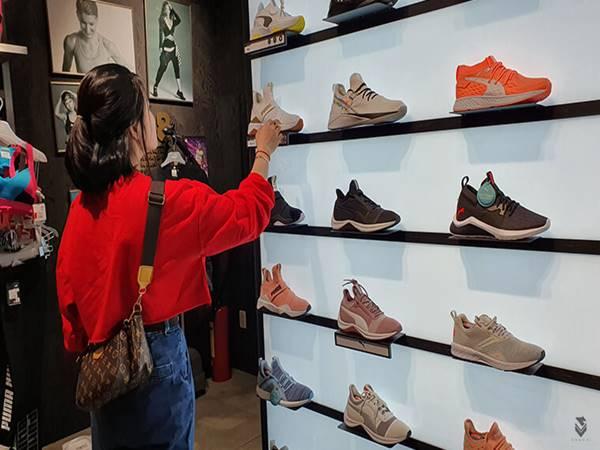 Mách bạn cách chọn giày tập gym nữ phù hợp nhất
