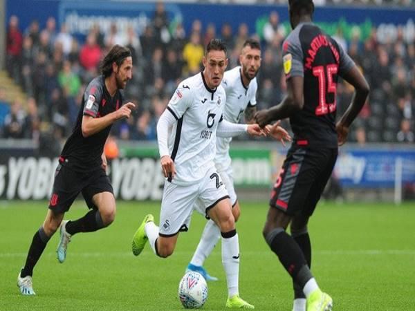 Nhận định kèo Châu Á Swansea vs Stoke (1h45 ngày 18/8)